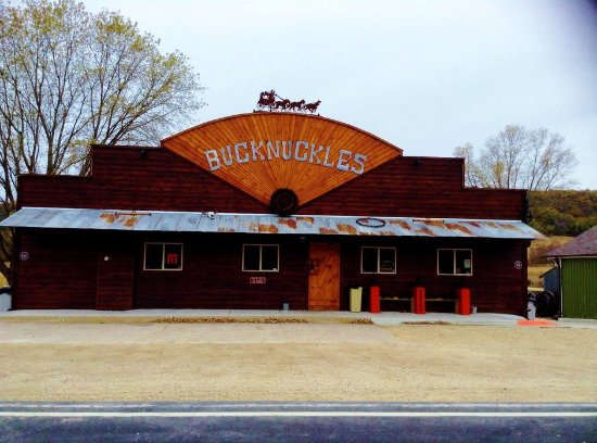 Alma, Ουισκόνσιν: Bucknuckles