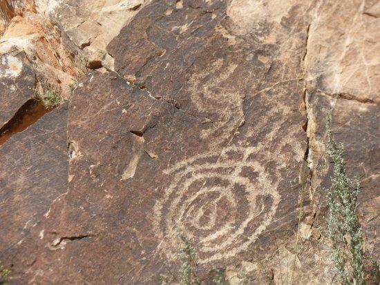 写真Parowan Gap Petroglyphs枚