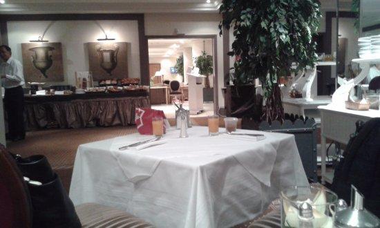 โรงแรมรอยัล-มาโนเทล เจนีวา ภาพ