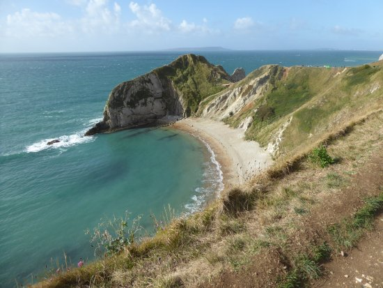 West Lulworth, UK: the beach where you can swim