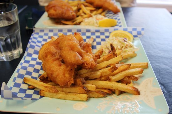 Cozy Bay Fish 'n Chips: order of the good stuff