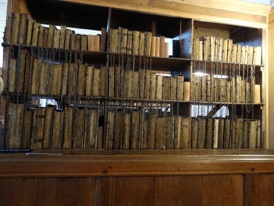 Hereford, UK: Genuine medieval manuscripts chained to ensure their safety!
