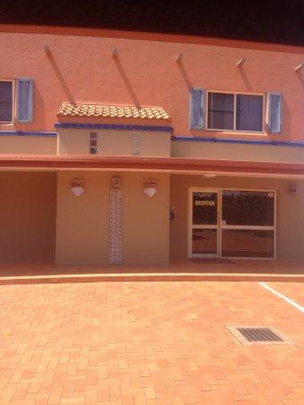 Villa Mirasol Motor Inn: photo1.jpg
