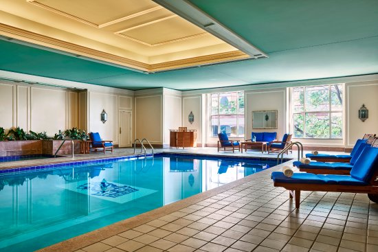 McLean, VA: Indoor heated pool and whirlpool