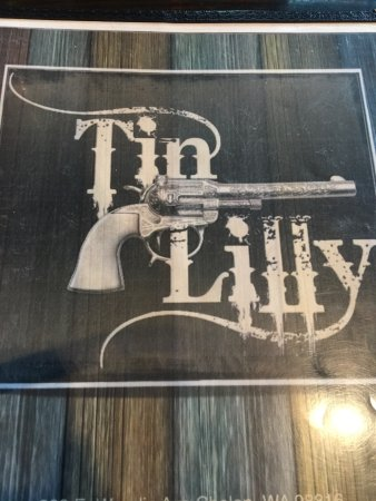 Tin Lilly: photo0.jpg