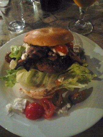 Simrishamn, สวีเดน: Hickorys BBQ-Burgare