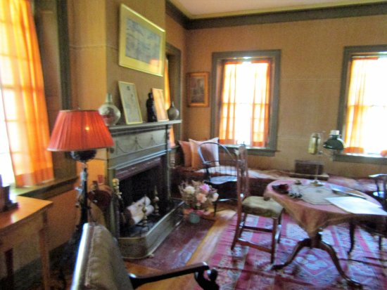 Cornish, Nueva Hampshire: a room inside the home