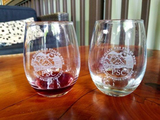 Cornville, อาริโซน่า: Tasting Glasses