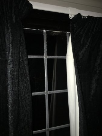 Curtains Dont Meet You Can Pull Them All The Way To One Side Or