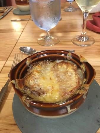 Essex, VT: cooking school - onion soup
