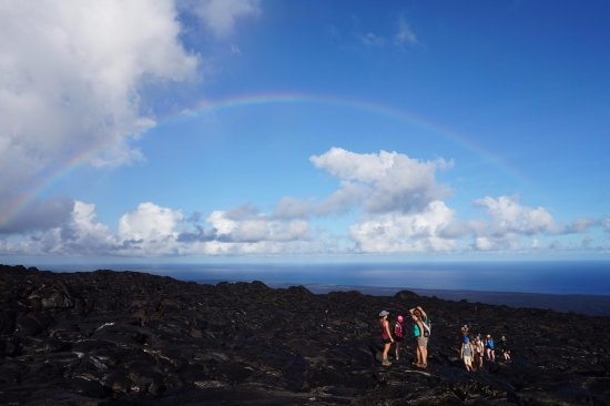 Keaau, Hawái: We often enjoy amazing rainbows on our hikes