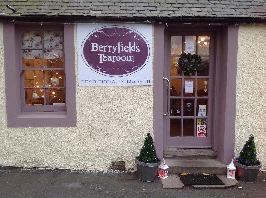 Perth, UK: The Berryfields Tearoom in Aberfeldy is fab...!