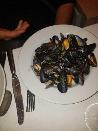 St-Laurent du Var, France: Très bon restaurant !