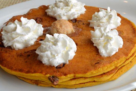 Downers Grove, IL: Pumpkin Pancakes