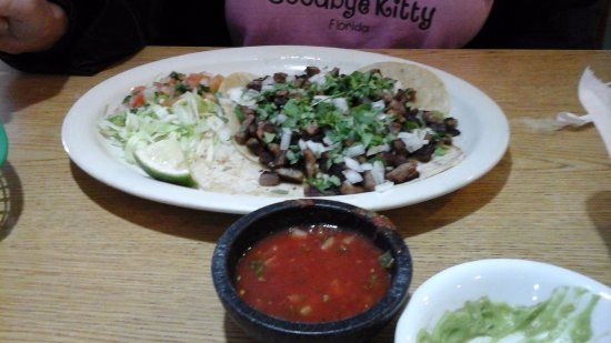 "Longmont, CO : Simple, delicious ""street tacos"""