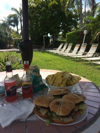 Tropical Beach Resorts: photo0.jpg