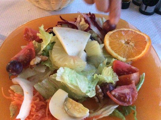 Alquézar, España: salada de entrada