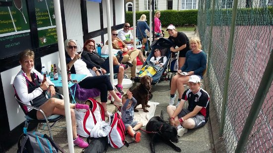 Ramsgate, UK: everyone chilling after pickle Ball