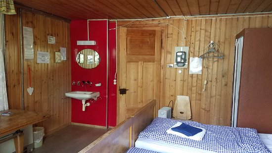 Hotel Mittaghorn: Room 3 with balcony & shower