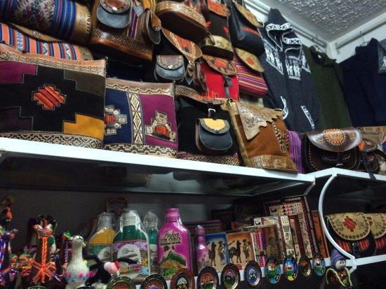 Centro Artesanal Cusco : Belíssimo artesanato local