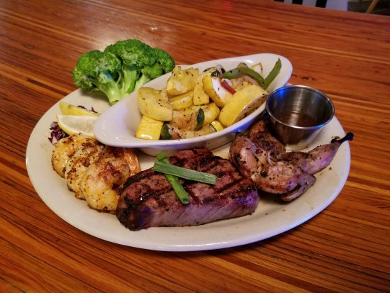 Boerne, TX: Mixed Grill
