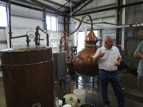 Lebanon, Kentucky: Paul Beam Explaining The Process