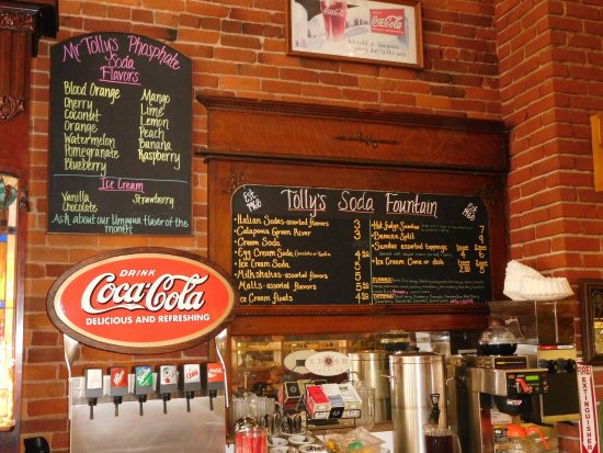 Oakland, OR: soda fountain menu