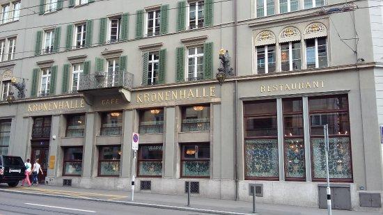 Kronenhalle: Fachada del restaurante