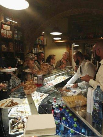 Montorgiali, Italia: Bottega di Alberto