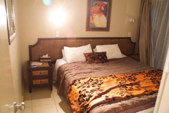 Muri Beachcomber: The bedroom
