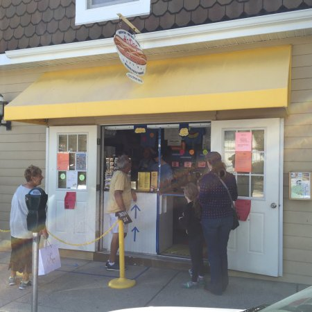 Hot Dog Tommy's: photo2.jpg