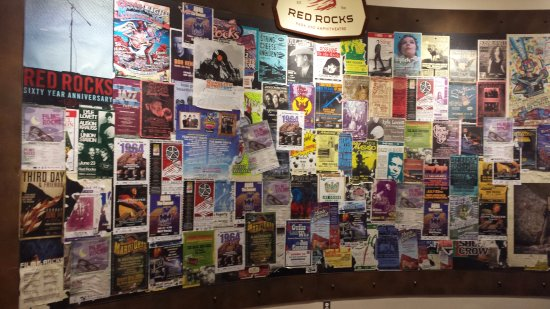 Morrison, Kolorado: The wall of programs from different performers over the years