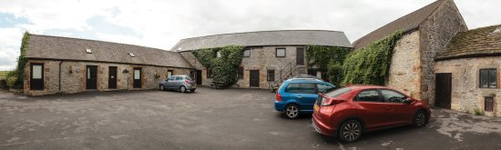 Over Haddon, UK: Panoramic of cottage apartments