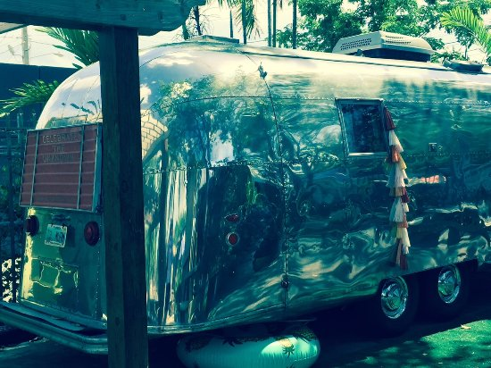 Wilton Manors, FL: Airstream parked out back