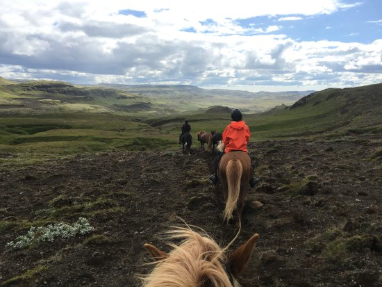 Fludir, Исландия: Orange rain gear was provided for free.
