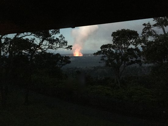 Volcano House: View from room at 5:30am