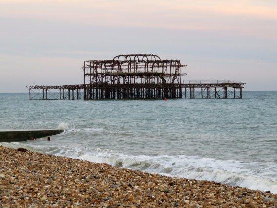 The old pier - Brighton Beach (24/Sept/16).