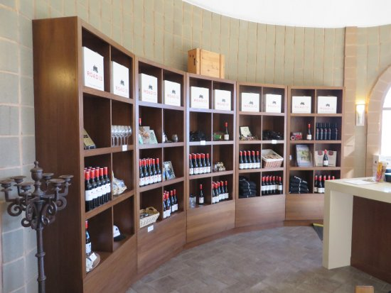 Oliver, Canadá: Wine in the shop