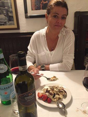 Buca Mario: Comemos uma Fiorentina maravilhosa e este tiramisu estava dos deuses.