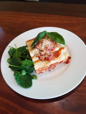 Kingscliff, ออสเตรเลีย: Home made lasagna