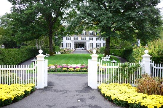 Woodstock, Vermont: hotel grounds