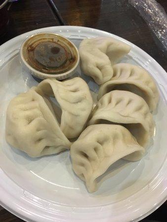 Hunan Cafe: Steamed chicken and veggies w no mushrooms and steamed dumplings (pork)