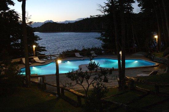 Punta Manzano : Piscina climatizada en verano y acceso privado a la paya