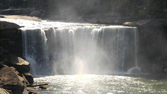 Cumberland Falls State Resort - Dupont Lodge: 0924161457a_HDR_large.jpg