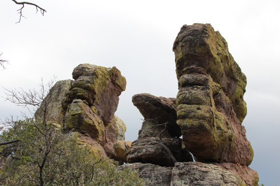 Willcox, AZ: Volcanic rock formations.