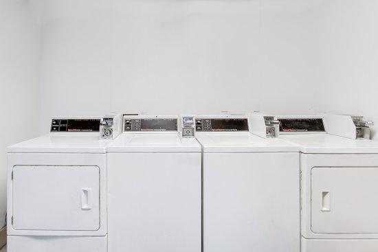 Athens, AL: Guest Laundry