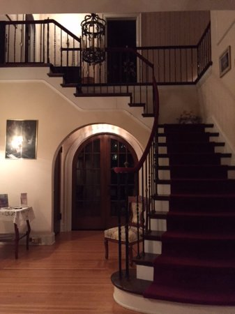 Tyrone, PA: Front foyer