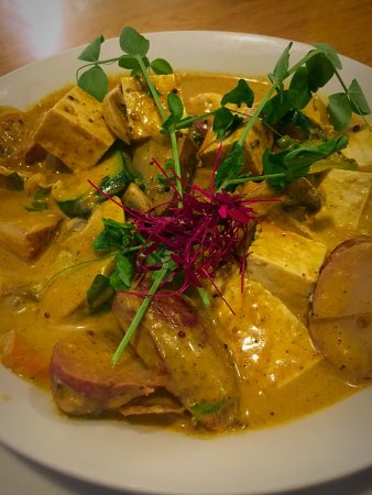 Manchester, CT: tofu curry