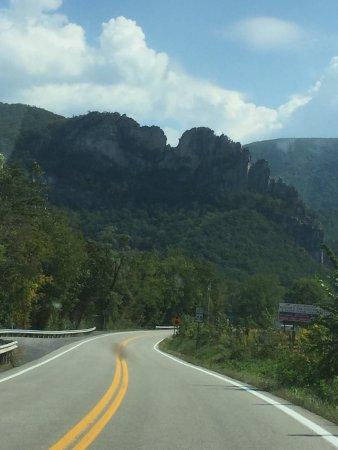 Seneca Rocks, Virginia Occidental: photo2.jpg