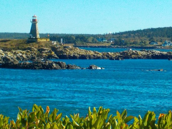 Mariner Cruises: Brier Island Lighthouse
